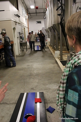 Cornhole at Payette Brewing - Plaid Night