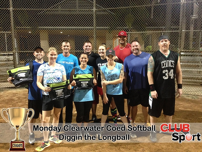 Diggin the Longball @ Hooter's (i) - CHAMPS