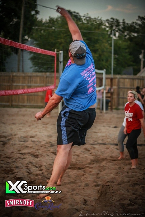 Thursday Volleyball @ Brownies New Albany 8/24/17