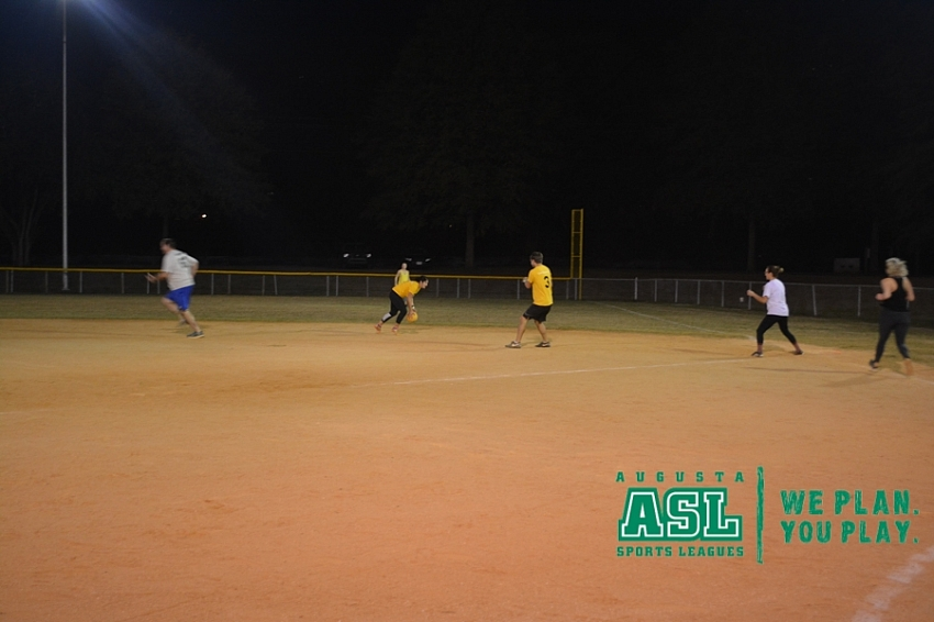 2017 Fall Sunday Funday Kickball
